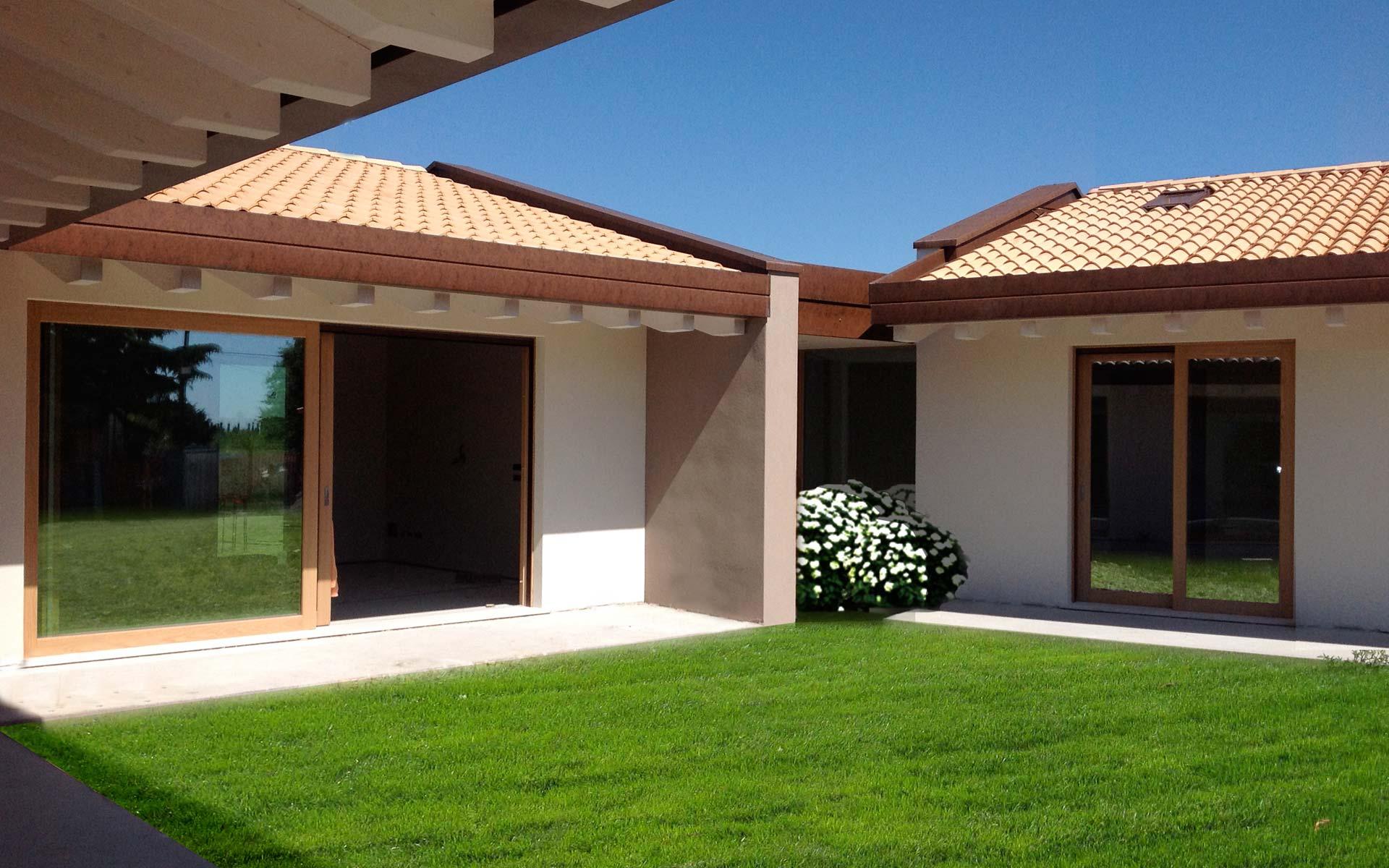 Villa con struttura in legno x lam spresiano globarch for Www ottenere un piano casa com